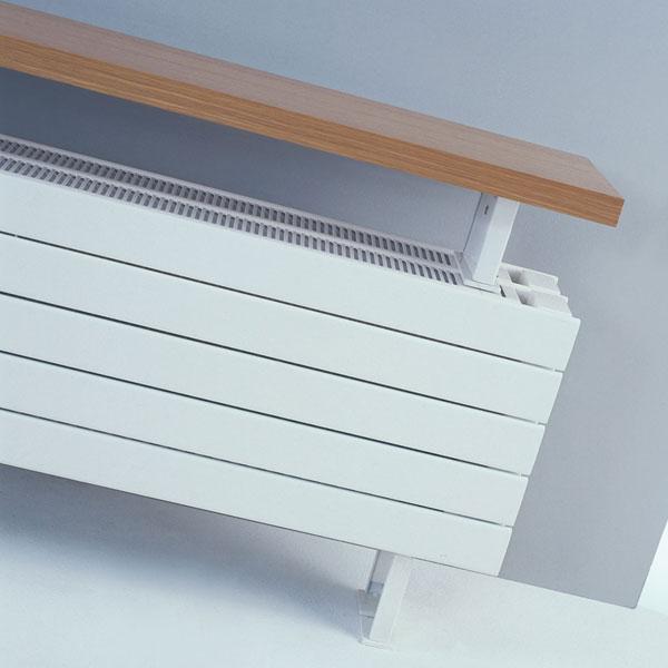 Grzejnik Panel Plus stojący z ławką