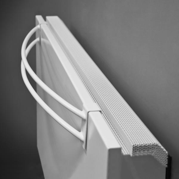 Grzejnik Linea Plus, wieszak w kolorze grzejnika