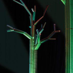 Drzewo ze zużytych wymienników - symbol życia