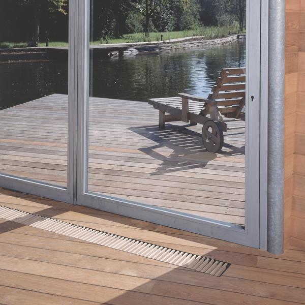 Grzejnik Mini Canal z kratką drewnianą RON
