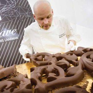 Przygotowywanie grzejnika Heatwave z czekolady